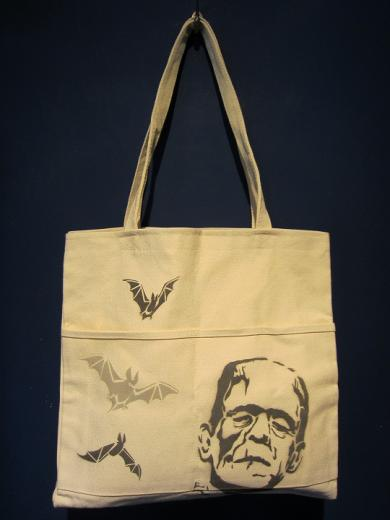 "【OUTLET】Vinny ""MONSTER"" Canvas Tote Bag"