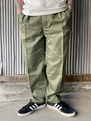NORTH NO NAME/ TOW TUCK TROUSERS (KHAKI)