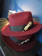 "5WHISTLE / ""NUDE"" FELT HAT (BURGUNDY)"