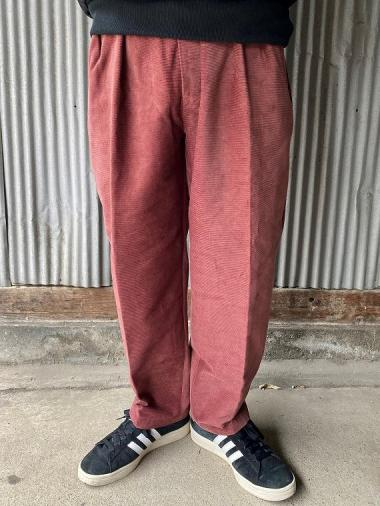 NORTH NO NAME/ TWO TUCK CORDUROY TROUSERS(BRG)