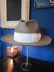 GAVIAL / center crease felt hat (BEIGE)