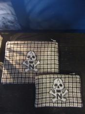 "NORTH NO NAME/ NNN PATCH PATERN ""SKULL"" POACH"